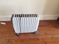 De'Longhi Rapido Oil Filled Radiator, 3 Kilowatt