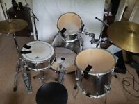 TO RENT: Pearl Export Series 7 piece Drum Kit, silver