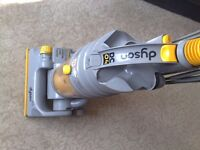 DYSON VACUUM CLEANER DC O4