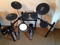 Yamaha DTX522K Electronic Drum Kit - Barely played