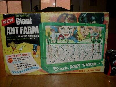 [Uncle Milton's] GIANT ANT FARM, COMPLETE SCIENCE HABITAT, PLASTIC BUG KIT / TOY