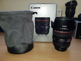 Canon 24-70mm f/4L IS USM - Excellent condition