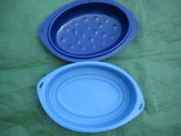 Two Oval Metal Roasting Dishes for £5.00