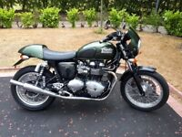 Triumph Thruxton EFI 900 2008 low mileage Brooklands Green