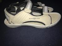 Henry Lloyd sandals