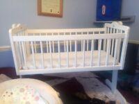 Rocking baby/crib/cot/cradle