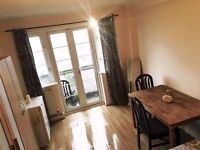 BEAUTIFUL DOUBLE BEDROOM! PRIVATE BALCONY ** ZONE 2 in NORTH WEST