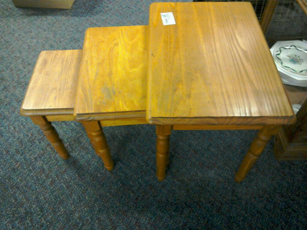 Nest of tables #29957 £25