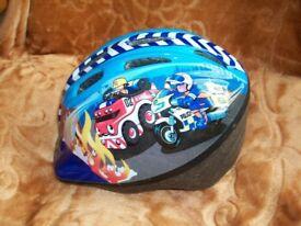 2x helmet for child