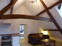 Stunning Attic Suite to let in Beautiful Listed house near Witney Town Centre
