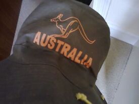 Aussie hat with corks !.......great for a summer barbie.......or dress up