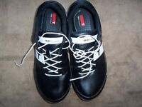 TRUE game changer pro Black/White flexible spiked shoe
