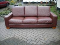 LARGE LEATHER 3 SEATER SOFA AND 1 CHAIR IN GOOD CONDITION - £95