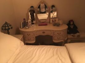 Antique style dressing table and x2 matching bedside tables