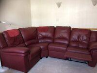Corner leather sofa good cond