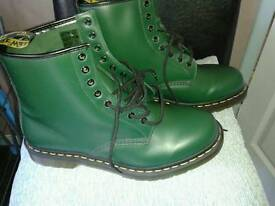 Brand New / Mens Racing Green Dr Marten Boots
