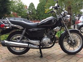 YAMAHA YBR125 CUSTOM 2014 VERY CLEAN LOW MILAGE BIKE 2241 MILES FINANCE AVAILABLE £1599