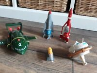 Set of small scale Thunderbird models 1, 2, 3, 4 and 5 with sounds