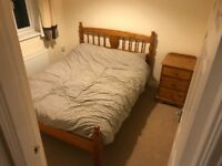 House share opportunity. 3 bed house, vacant double room with bathroom.