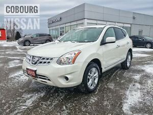 2013 Nissan Rogue SV  FREE Delivery