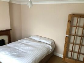 Double Bedroom £550.00 PCM