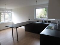 Sensible post graduate student 4 bed apartment in merchiston close to Napier uni- all bils included
