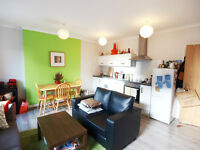 Stunning 1 double bedroom first floor flat located on Chapel Market moments from Angel tube station