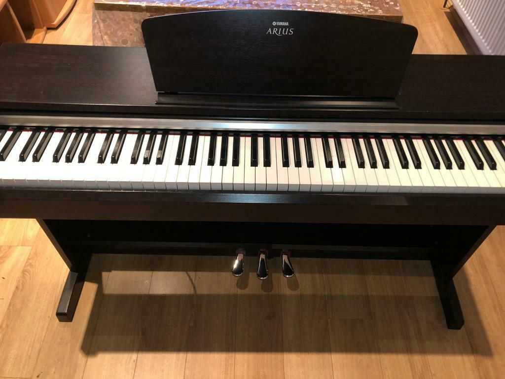 Yamaha Arius YDP 141 - Digital Piano - 88 weighted keys