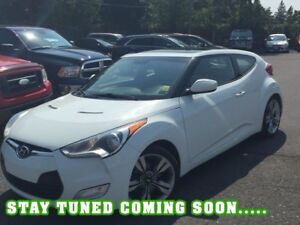 2013 Hyundai Veloster Tech | 1 OWNER | NAV | ROOF | CAM