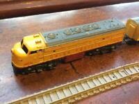 Vintage Lone Star Miniature Die-Cast Metal Union Pacific Train Set + Track