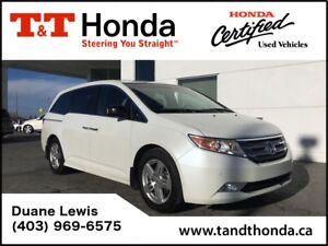 2012 Honda Odyssey Touring *DVD, Navi, Heated Seats, Leather*
