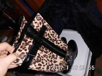 ladies knee lenght boots .animal print , and patent look shoe new