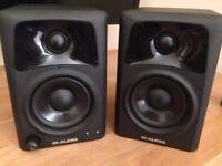 M-Audio AV32 Mixing Speakers / Monitors