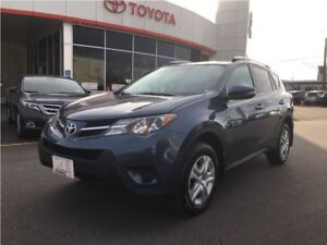 2014 Toyota RAV4 LE AWD. PRIVACY GLASS, REARVIEW CAMERA