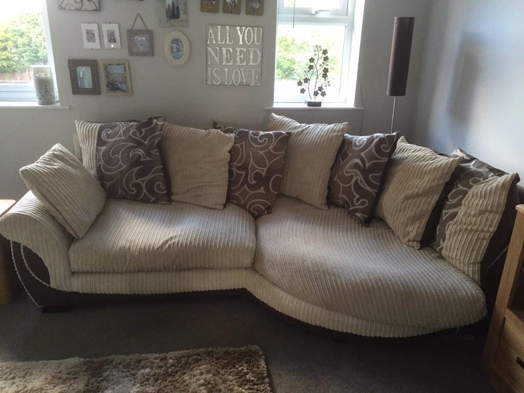 Scatter Back Cuddle Sofa So Comfy In West Bridgford