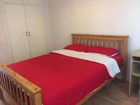 A large beautiful room in the heart of London available now