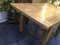 Solid Oak Extending Dining Table, Unused !!