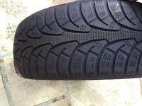 Snow tyres pair