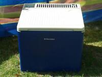 Camping fridge 33L 3-way power option