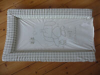 Baby changing mat, cream