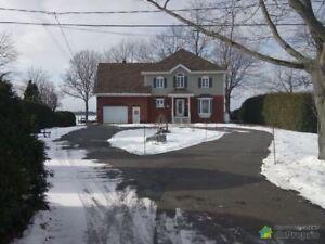789 000$ - Maison 2 étages à vendre à Venise-En-Quebec