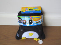 TRUNKI SNOOZIHEDZ TRAVEL PILLOW AND BLANKET SET – PENGUIN- PIPPIN- BY TRUNKI
