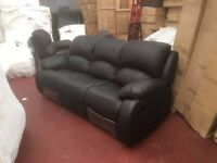 LEATHER RECLINER SUITE - PRICES SLASHED! ** FACTORY NEW ** DELIVERED TO YOU!