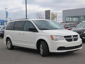2012 Dodge Grand Caravan SE! Stow N Go! Power Options! London Ontario image 3