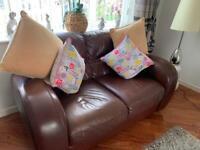 Italian leather suite -£150