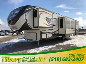 2015 Keystone Avalanche 361TG Fifth Wheel *2 bathrooms. Private