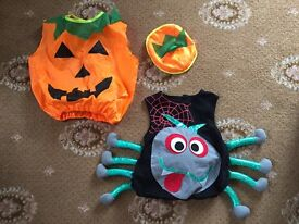 2 x Children's Halloween Costumes For Ages 2-3 & 4-5 Years.