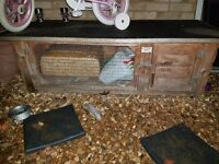 Rabbit hutch in great condition
