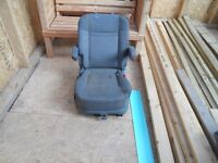 CAPTAINS chair with swivel atatchment