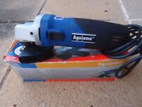 Angle Grinder 115mm (4.5 inch) 650 watts